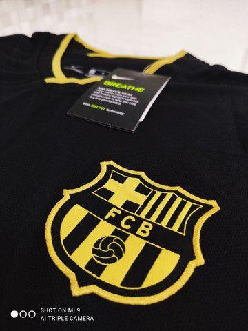 Camisa Barcelona Away Nike 20/21 - Tamanhos: P, M, G - Foto 4