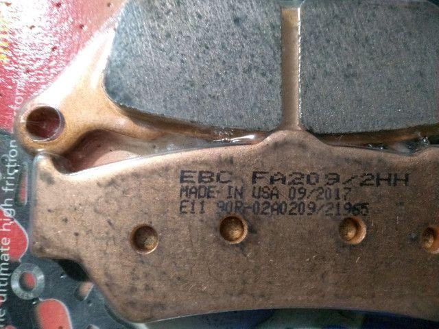 Pastilha de freio dianteira f800gs marca EBC. - Foto 2