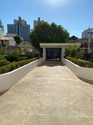 VENDE-SE apartamento no edificio IMPERIAL no bairro CENTRO
