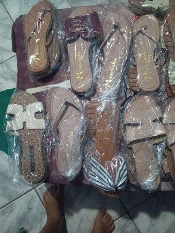 Sandálias rasteira - Foto 3