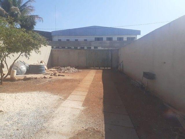 Casa em Fase de Acabamento, 2 Quartos, Dentro de Condomínio, Lote de 400m² em Vicente Pire - Foto 2