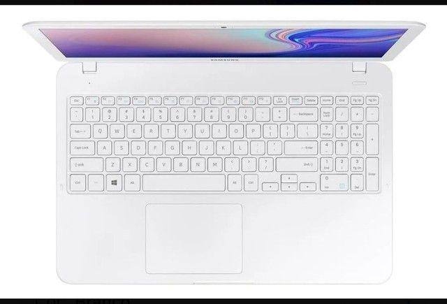 """Notebook Samsung Essentials E20 branca 15.6"""" - Foto 3"""