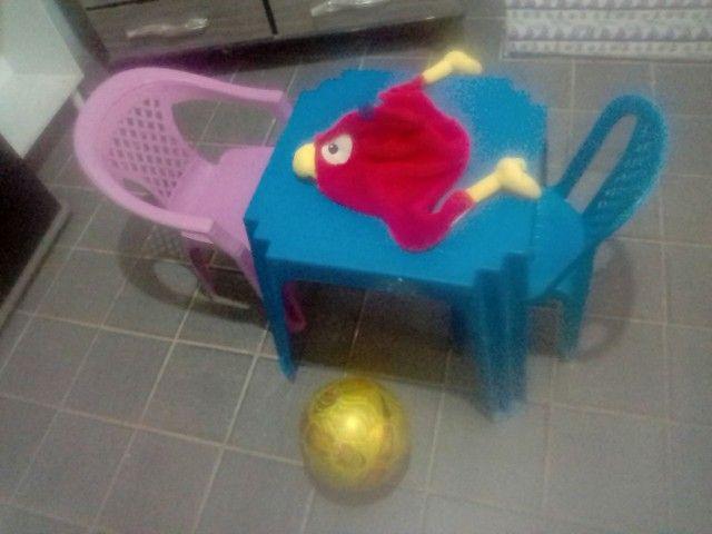Vendo está mesa de criança  - Foto 4