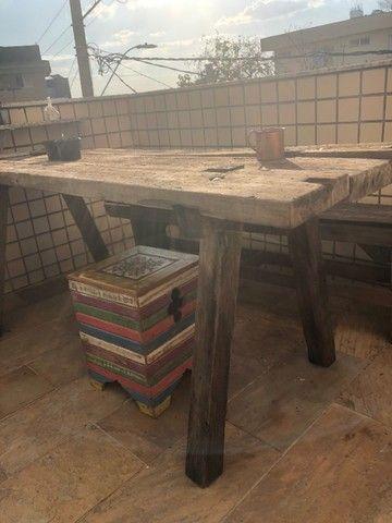 Mesa rústica de madeira maciça de restauração - Foto 2