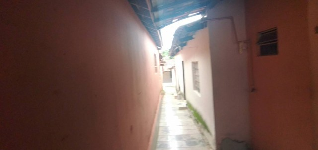 Casa a venda dois qtos 3 barracos duas salas no Setor Campinas lado da Leste Oeste finalid - Foto 6