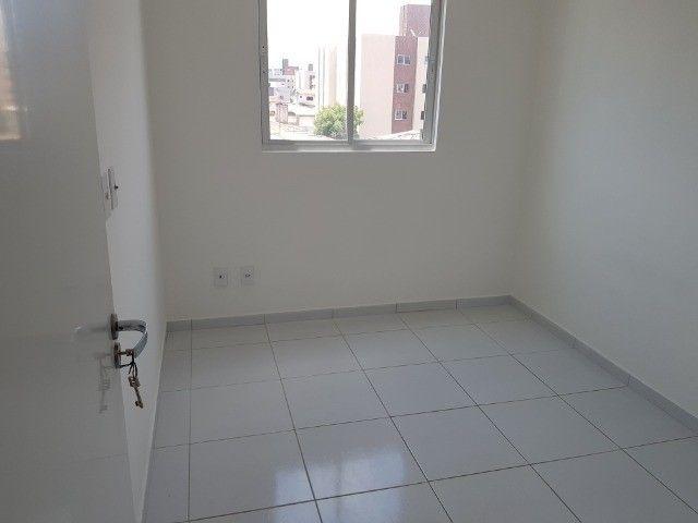 Apartamento Bancários 02 Qtos Elevador e Piscina Novo Frente Sul (BA21) - Foto 13