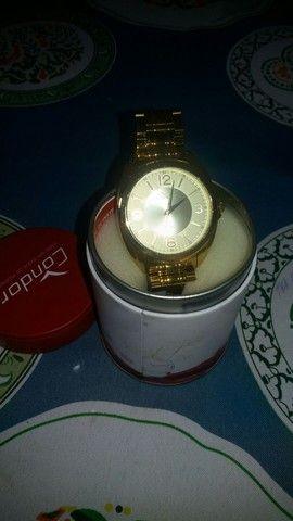 Relogio folheado a ouro 400 reais novo na caixa. - Foto 4