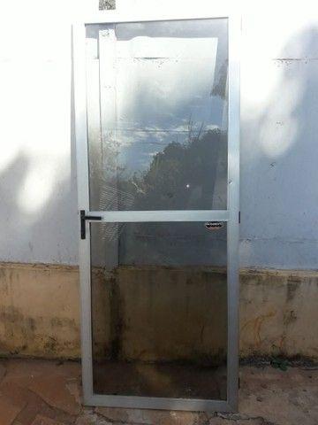 Porta de alumínio  - Foto 2