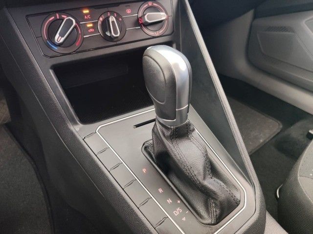 virtus confortline 1.0  200 tsi aut 2020  - Foto 5