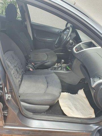 Vendo ou troco Pegeout 207 1.4 sedan - Foto 5
