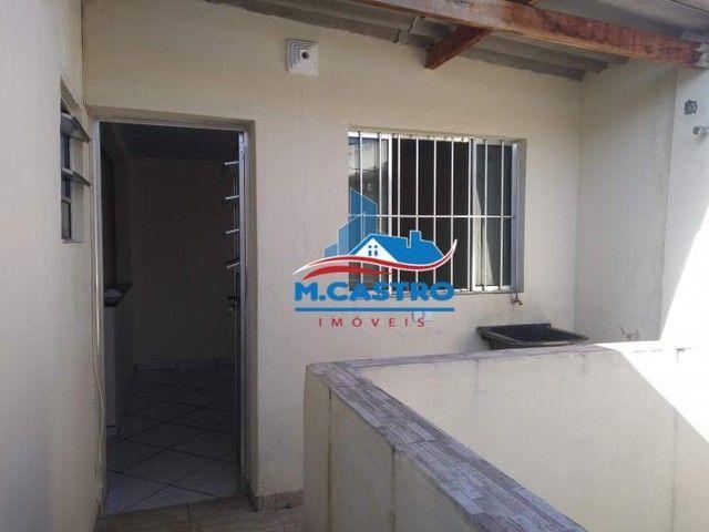 Casa 03 Cômodos C/ Garagem - Campo Limpo