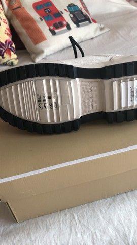 Vendo tênis Michael Kors (usado uma vez) original  tam36  - Foto 2