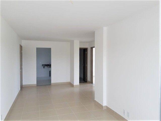Apartamento com 03 quartos - Conjunto Aruanã