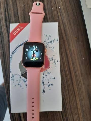Smartwatch t600