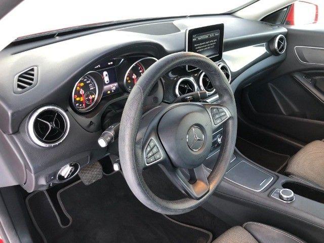Mercedes Benz CLA 180 - Foto 10