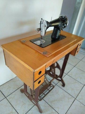 Maquina de costura antiga  - Foto 3