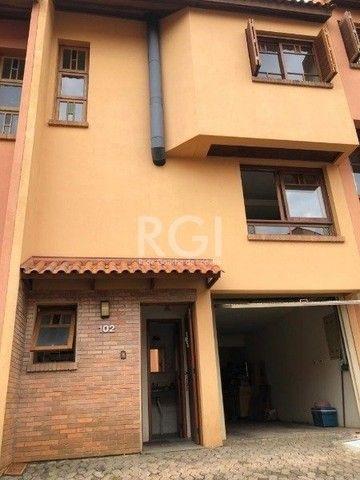 Casa à venda com 3 dormitórios em Espirito santo, Porto alegre cod:YI484