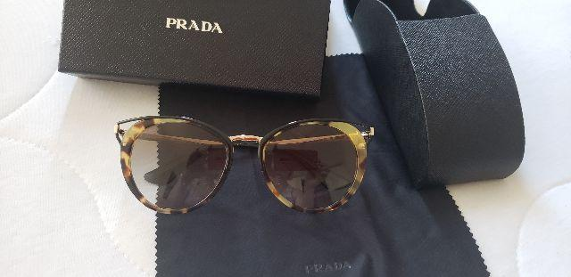 Óculos de Sol marca Prada - Bijouterias, relógios e acessórios ... 21b6fec553