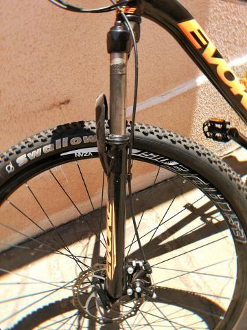 0db77b69ea9d8 Bicicleta Trilha semi nova, EVOKE, aro 29 kit, shimano - Ciclismo ...