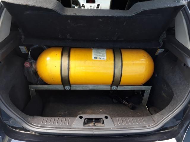 Ford Fiesta se 1.6 complet com gnv,2019 vist - Foto 7
