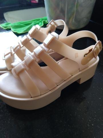 6a6049c57d Blusa viscose com tule bordado tamanho P (1) - Roupas e calçados ...