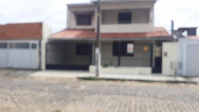 Excelente casa duplex em Nova Parnamirim com ótimo acabamento por apenas R$ 2.0000,00 acab