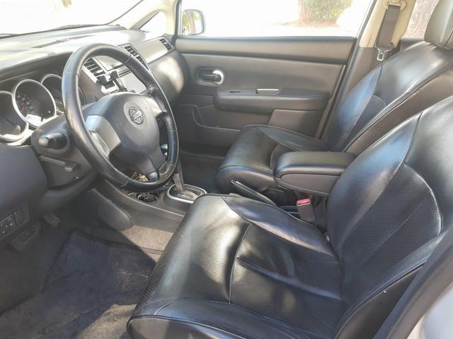 Nissan tiida 2008 automático com teto solar e GNV - Foto 8