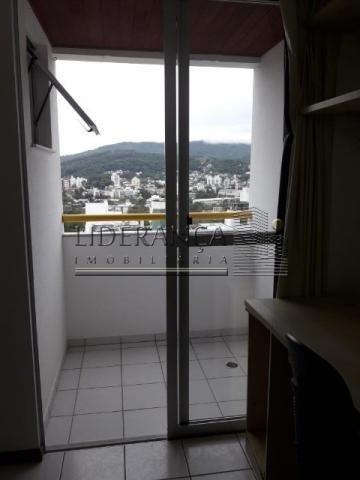 Apartamento, Serrinha, 1 dormitório, sala com sofá cama e rack, cozinha com armários, área - Foto 15