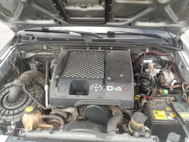 Vendo Hilux 2006 diesel 3.0 4x4 impecável - Foto 9