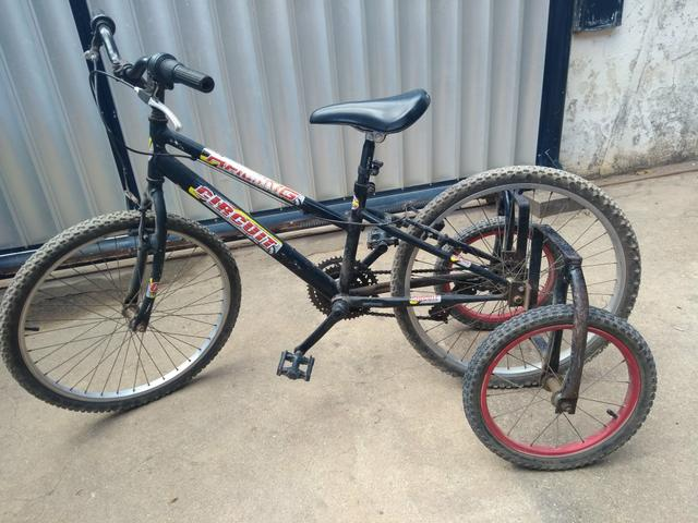 Bicicleta triciclo - Foto 3