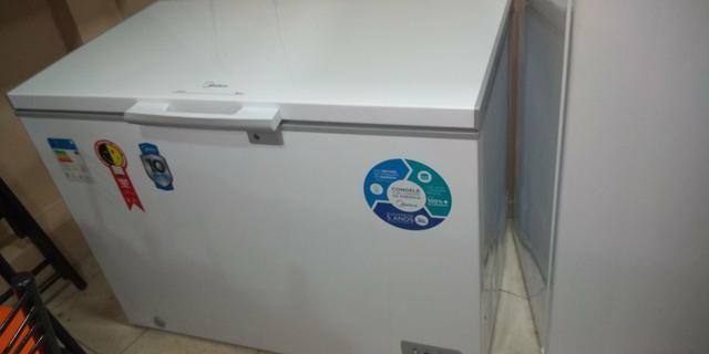 Vendo freezer MIDEA 295 litros