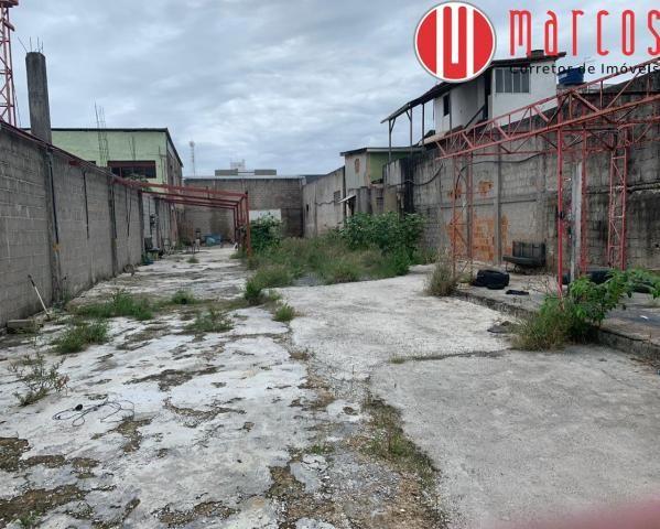 Excelente Lote á venda em Guarapari de aproximadamente 660 m² totalmente murado, plano e c