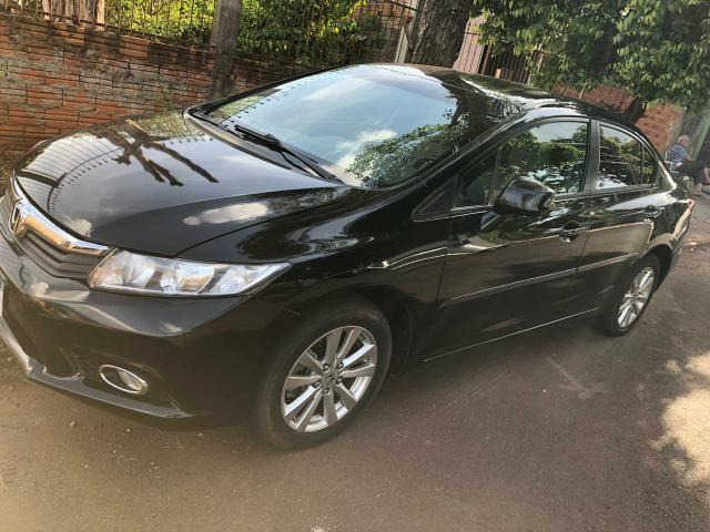 Vendo ou troco Honda Civic 1.8 automático - Foto 2