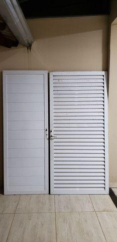 Vendo porta Aluminos  conversando  - Foto 2