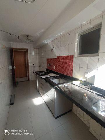 Ágio de apartamento de 75m² com 3qts, 1 suite e fino acabamento-todo no porcelanato ! - Foto 8
