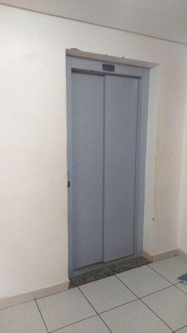 Ágio de apartamento de 75m² com 3qts, 1 suite e fino acabamento-todo no porcelanato ! - Foto 17