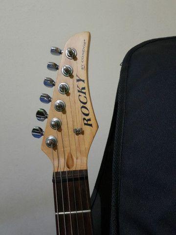 Guitarra Condor Strato.