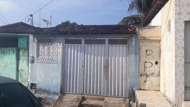 Vende-se casa em Felipe camarão. - Foto 2