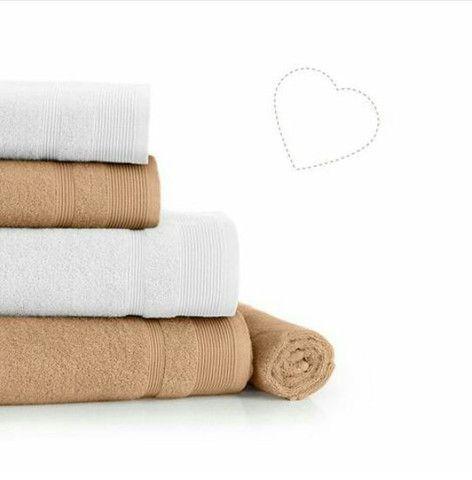 Vende-se conjunto de toalha em acompanhamento com a toalha de rosto - Foto 4