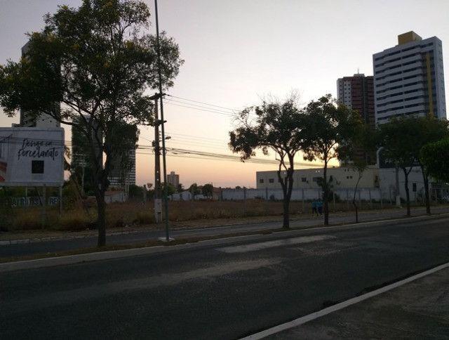 Aluga-se terreno urbano, localizado na avenida joao da escosia - Foto 7