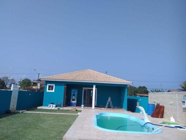 Casa de 3 quartos sendo 1 suíte com piscina no Jardim Atlântico em Maricá - RJ