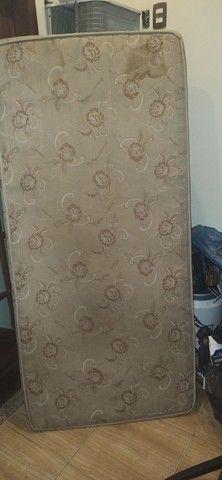 Cama de solteiro com colchão - Foto 2