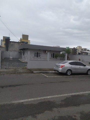 Locação anual, casa, Vila Real, BC - R$ 2.700,00