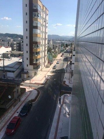 Amplo apartamento Mobiliado 1 por andar Barra Sul Balneário Camboriú - Foto 17