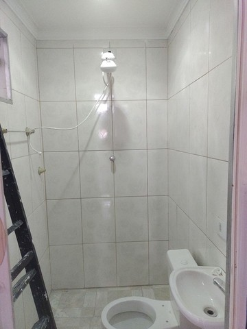 Aluga se salão de 150 metros quadrados com  três banheiros  por 3.000 abaixei  - Foto 5