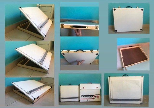 Prancheta/mesa de desenho Trident A3 (folha A2) super novinha