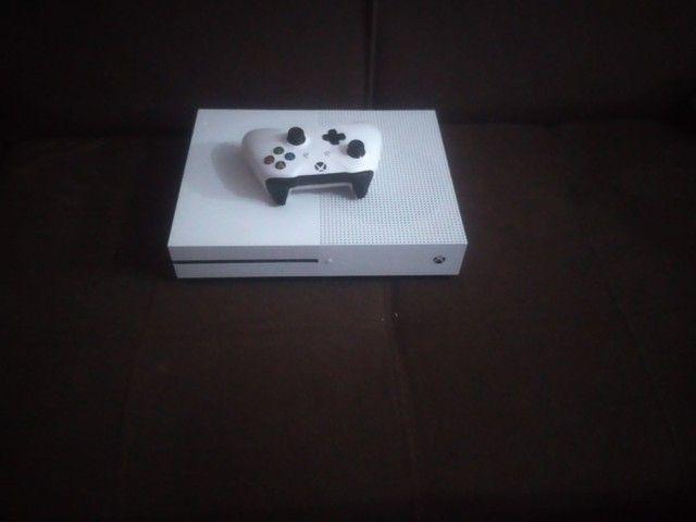 Microsoft xbox one s cor branca