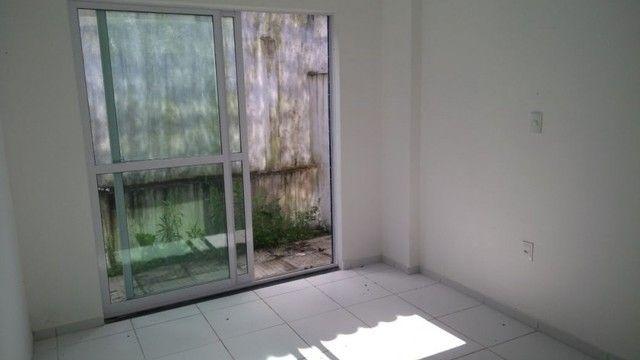 Apartamento no altiplano com 02 quartos - Foto 3
