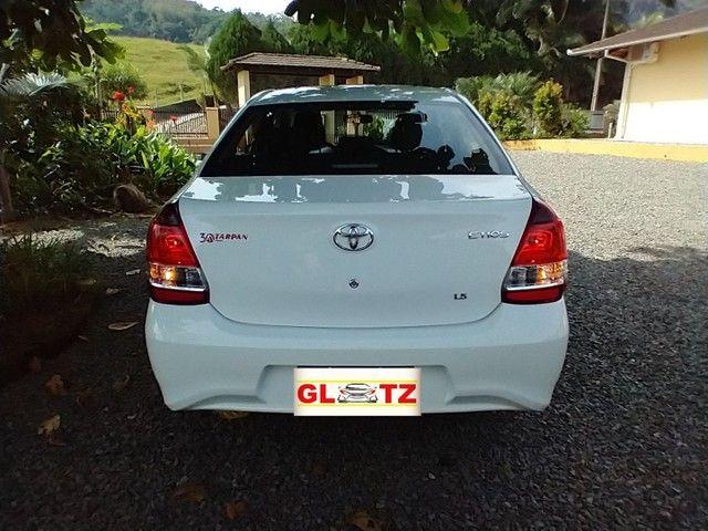 Toyota Etios Sedan X PLUS Aut 2021 Novo   - Foto 18