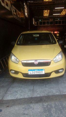 Grand Siena ex táxi 1.4 15/16 pequena entrada aprovação imediato - Foto 9